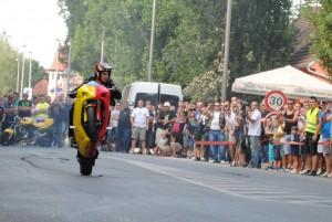 vinkovci_-_7.moto_susreti_-_tapi_stunt_show_001