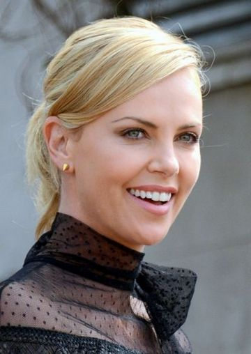 Need To Know (Charlize Theron, glavan uloga) [St]
