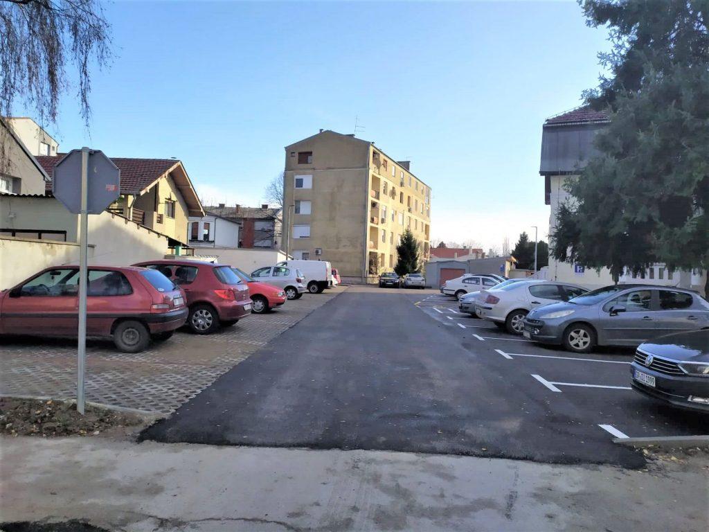 Druženje je poput parkirališta